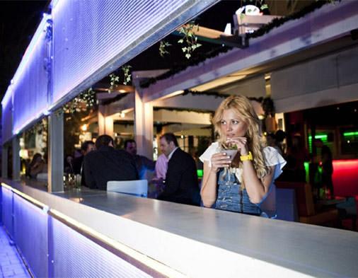 Bar-restaurant Eleven plus | Ειδικά κτίρια